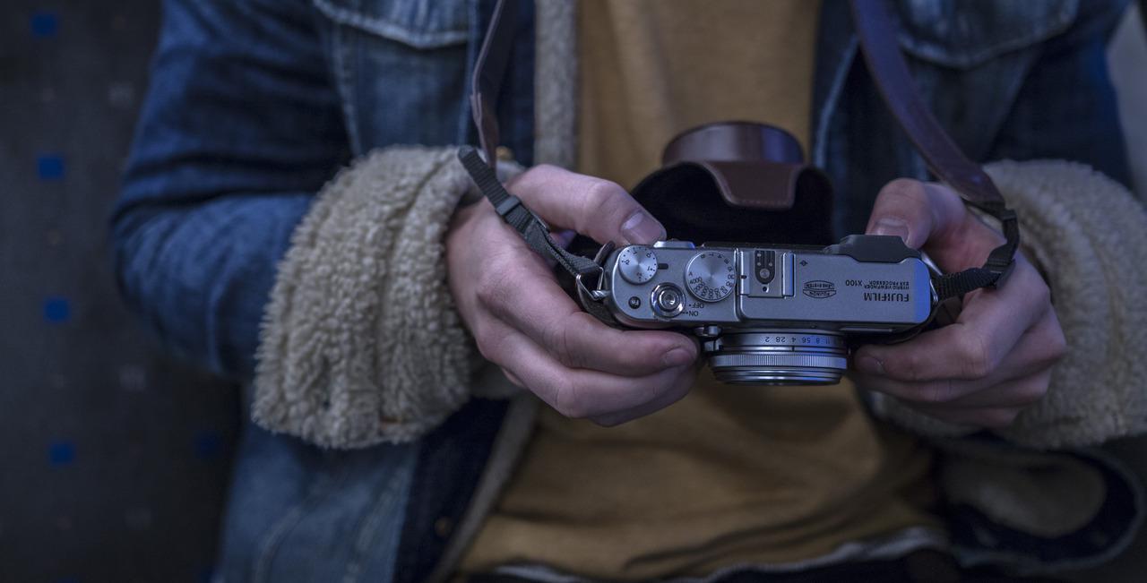 Header image - photograher